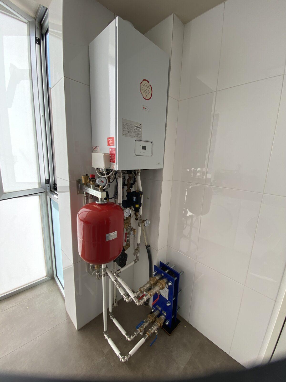 Reparación Suelo Radiante con intercambiador externo para separar la caldera del suelo radiante.